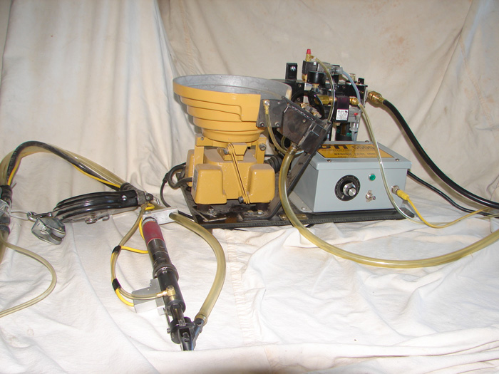2007 DTI Automatic Screw-Feeder