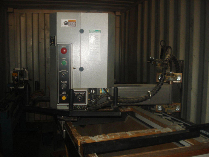 2004 Full House Door Lite Machine
